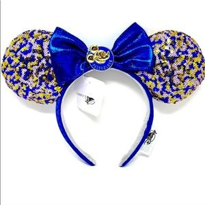 💙✨Walt Disney World Annual Passholders exclusive Minnie Mouse ear headband